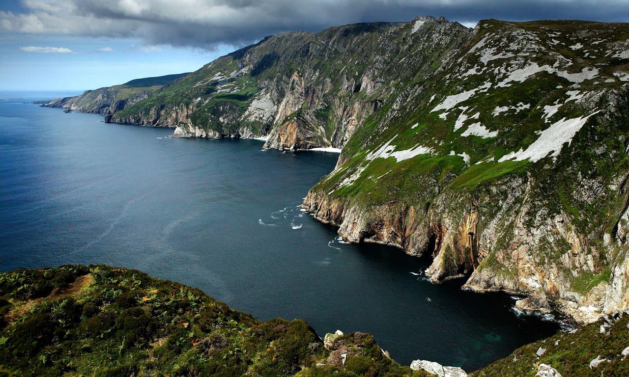 Home » donegal cliffs